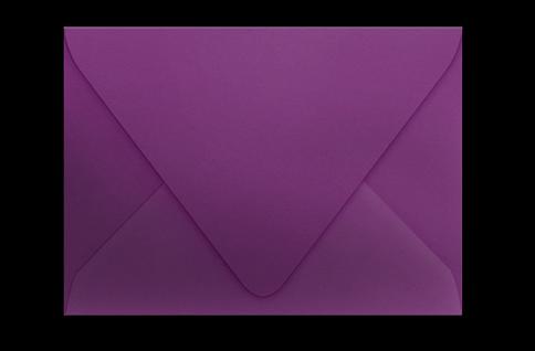 Пурпурный конверт с треугольным клапаном