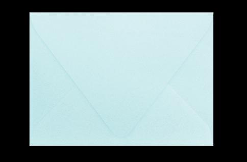 Светлый бирюзово-голубой конверт с треугольным клапаном