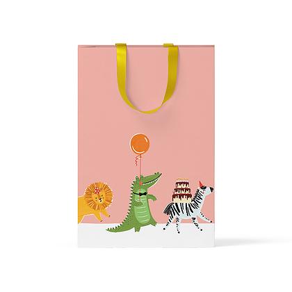 """Пакет подарочный """"Звери на персиковом фоне"""" А5"""