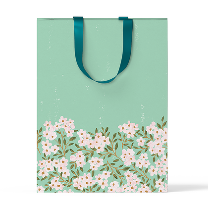 """Пакет подарочный """"Цветы на зеленом фоне"""" А4"""