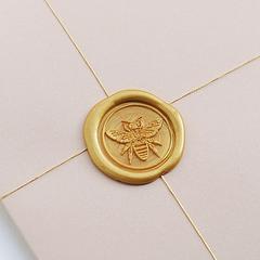 Thumb bee gold 2